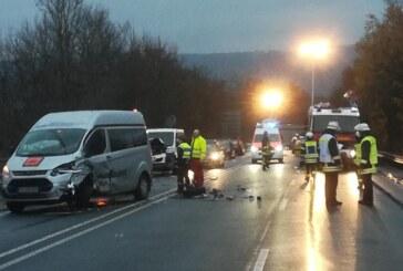 Sieben Verletzte: Wieder schwerer Unfall auf der B482 in Porta