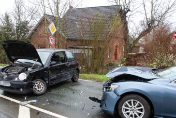Drei Verletzte bei schwerem Verkehrsunfall in Möllbergen