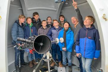 """Neue Sternwarte am Gymnasium ermöglicht """"Griff nach den Sternen"""""""