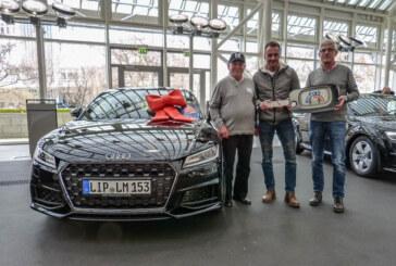 Kunde der Volksbank in Schaumburg gewinnt Audi TT Coupé