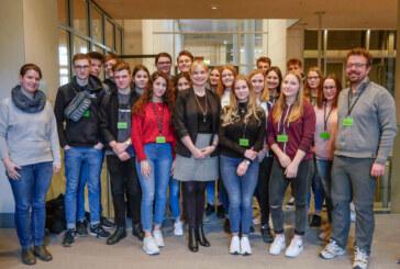 20 Zehntklässler des Ernestinums zu Gast im Deutschen Bundestag
