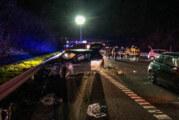 A2 bei Rehren: Betrunkener Autofahrer verursacht schweren Verkehrsunfall / Fahrer zuvor geflohen