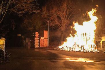 Erneut mehrere Brandstiftungen in Rintelner Nordstadt: Polizei sucht Zeugen