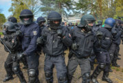 Großübung der Bereitschaftspolizei auf Gelände der Prince Rupert School in Rinteln