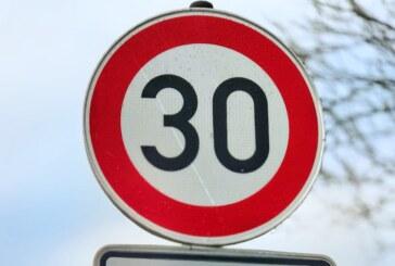 Fahrbahnschäden: Teilweise Tempo 50 und 30 zwischen Friedrichsburg und Goldbeck