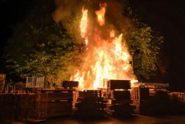Feuerteufel schlägt erneut am Baumarkt zu