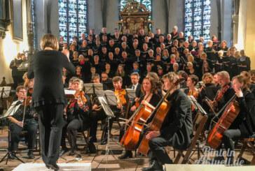 """""""Lobgesang"""" erklingt in der historischen St. Nikolai-Kirche"""