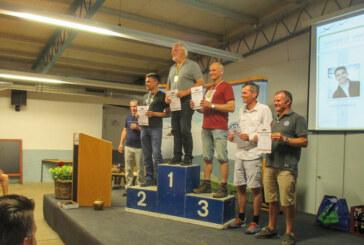 Rintelner Segelflieger bei 53. Hahnweide-Wettbewerb: Reinhard Schramme siegt, Stephan Beck auf Platz 5