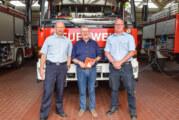 Einsatzfahrzeug der Rintelner Feuerwehr während Drift-Bauarbeiten in Todenmann stationiert