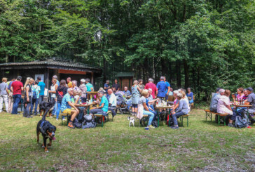 Auf alten Wanderwegen und Pfaden durch reizvolle Natur und Berglandschaft des Rintelnschen Hagen
