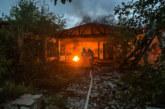 Strohballen in Flammen und brennender Reifen: Zwei Einsätze für Feuerwehren Rinteln und Todenmann