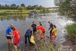 Training für den Ernstfall: Polizei, DLRG, Feuerwehr und THW üben Rettung aus der Weser