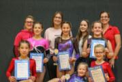 VTR-Trampolinturnerinnen bringen zwei Pokale aus dem Extertal nach Rinteln
