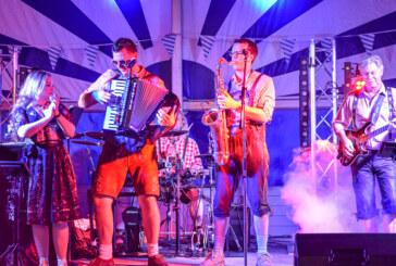 Oktoberfest des Rintelner Carnevalsvereins: Wiesn-Stimmung geht auch ohne Brückentorsaal