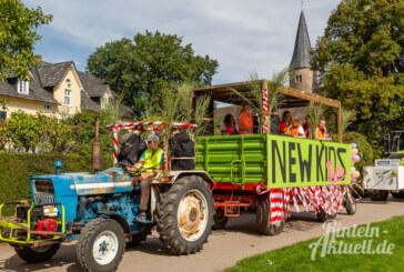 (Bildergalerie) So kreativ waren die Möllenbecker Umzugswagen beim Erntefest 2019