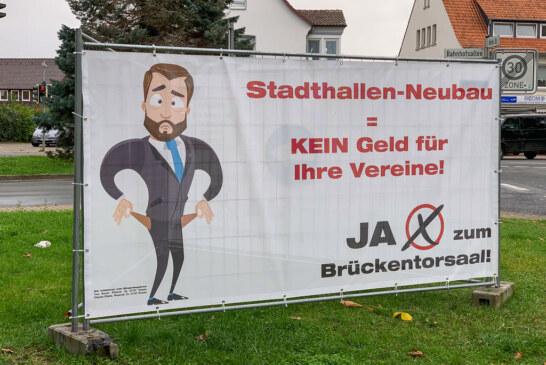 """Zur Bürgerabstimmung: Initiative """"Pro Brückentor"""" stellt Banner auf"""