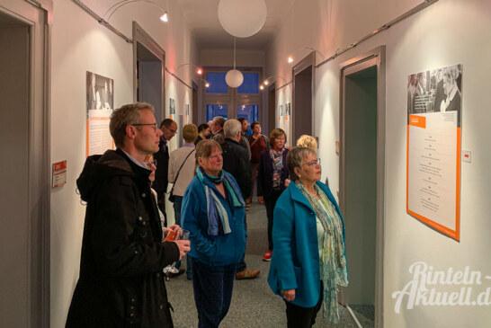 """""""Mütter des Grundgesetzes"""": Neue Ausstellung in der Rathausgalerie feierlich eröffnet"""