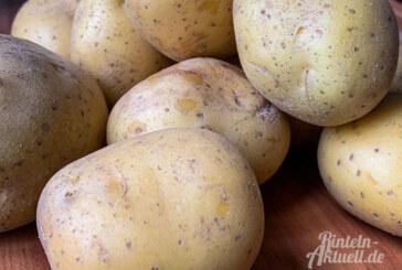 Jung & Alt bereiten Erdäpfel zu