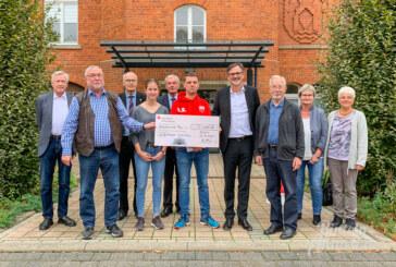 Mit Unterstützung der Stiftung für Rinteln: Torjägerin Emely Niemann des SC Deckbergen-Schaumburg wird neue FSJ-lerin