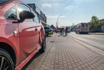 Braasstraße: Unfall an der Aldi-Einfahrt