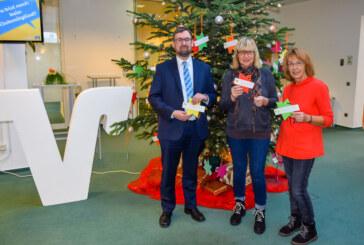 Ab sofort: Weihnachtswunschbaum der Rintelner Silvesterinitiative für Kinder in der Volksbank