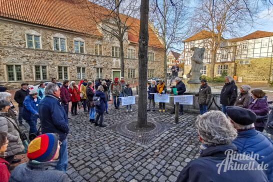 """Rinteln: Aktionsgruppe """"Großeltern für eine lebenswerte Zukunft"""" lädt am 7. Februar zu Versammlung auf den Marktplatz ein"""