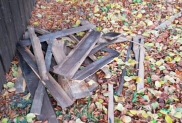 Vandalen demolieren Schutzhütte in Steinbergen