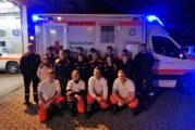 """Rettungswagen ist nicht nur ein """"Pflasterlaster"""": Jugendfeuerwehr Rinteln zu Gast bei DRK Rettungswache"""