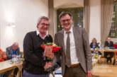 Blumen vom Bürgermeister, Zuckerbrot und Peitsche vom Ratsvorsitzenden