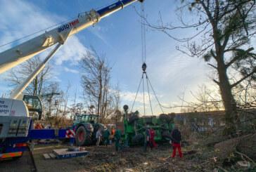 Dankerser Straße: Umgekippte Arbeitsmaschine mit Autokran aufgerichtet