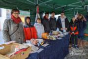 """""""Plastik – nein danke"""": Erfolgreiche Verkaufsaktion der IGS-Schüler auf Rintelner Wochenmarkt"""