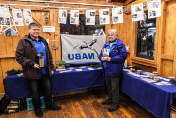 Vogelfutter und Fotos im Mehrgenerationenhäuschen: NABU Rinteln zeigt Ausstellung zur Wintervogelfütterung