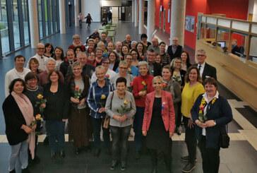 Klinikum Schaumburg: 44 langjährige Mitarbeiter geehrt, 12 Mitarbeiter in Ruhestand verabschiedet