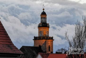"""""""Stille über der Stadt"""": Einkehr im Nikolai-Kirchturm zur Passionszeit"""