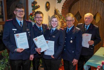 Feuerwehr Friedrichswald feiert Ehrungen und Beförderungen
