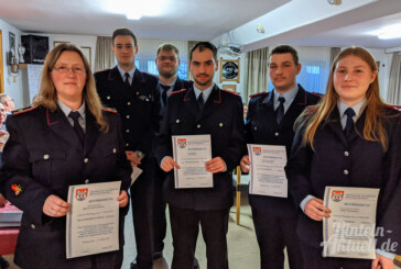 Wiederwahlen in Wennenkamp: Feuerwehr mit Doppeljubiläum in Feierlaune