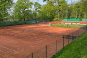 Rot-Weiß Rinteln: Tennisplätze für Saisonbeginn vorbereitet