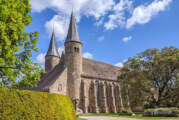 Möllenbeck: Gottesdienste starten wieder / Weitere Termine der Kirchengemeinde