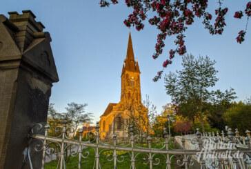 Katholische Kirchengemeinde St. Sturmius lädt wieder zu Gottesdiensten ein