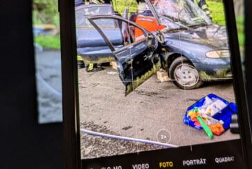 Nach schwerem Unfall in Fußgängerzone: Polizei und Feuerwehr müssen erneut Gaffer zurechtweisen