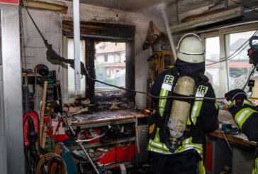 Eisbergen: Feuerwehr löscht Brand in einer Werkstatt