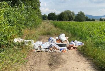 Rinteln: Illegale Müllentsorgung im Exter Feld