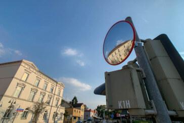 Toter Winkel: Trixi-Spiegel soll für mehr Verkehrssicherheit in Rinteln sorgen