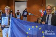 "Kultusminister Grant Hendrik Tonne überreicht ""Europaschule""-Urkunde an BBS Rinteln"