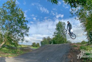 Immer auf dem Sprung: Bike-Park in Rinteln offiziell eröffnet