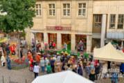 """Rintelner """"Laufsteg"""" bei Schuh-Peters: Herbstliche Modenschau sorgt für reges Interesse"""