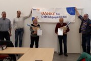 Kreissportbund: Geschäftsführer Hagen Rank bedankt sich bei Christel Struckmann und Karl-Heinz Frühmark fürs Engagement