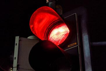 Zeugen gesucht: Schwarzer Golf 7 baut auf Flucht vor Polizei beinahe Unfall