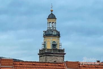 Der St. Nikolai Kirchturm bekommt seine Fenster zurück