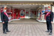 Humor aus dem Homeoffice: RCV zeigt Schaufensterbühne auf Rintelner Marktplatz